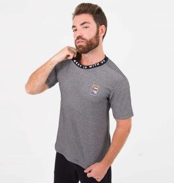 Camiseta Masculina Piquet