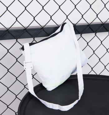 Jaqueta Corta Vento Shoulder Bag
