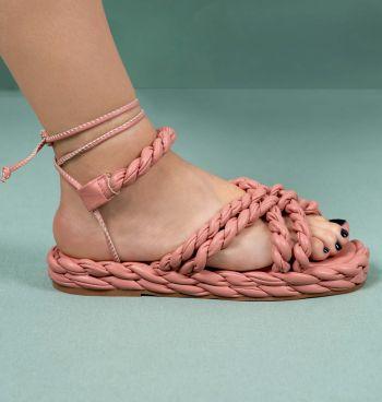 Sandália Trançada Com Amarração