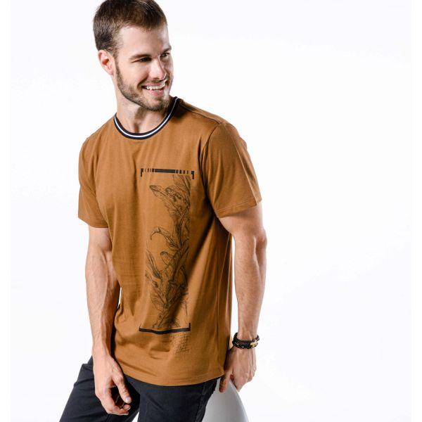 Camiseta Masculina Ocre Folhagem