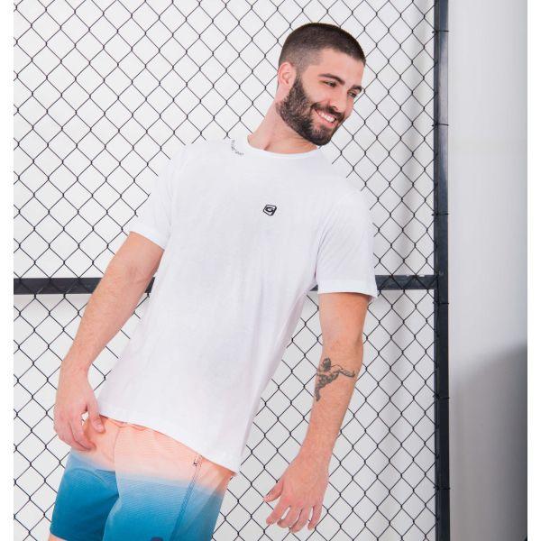 Camiseta Mangas Curtas Not a Fake